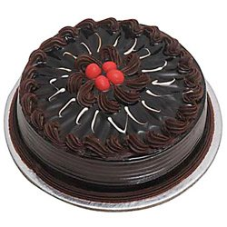 Send Online Eggless Cakes to Ahmedabad