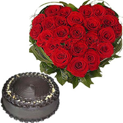 roses heart arrangement with chocolate truffle cake to India