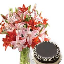 Send Online Mother's Day Flowers and Cakes to India